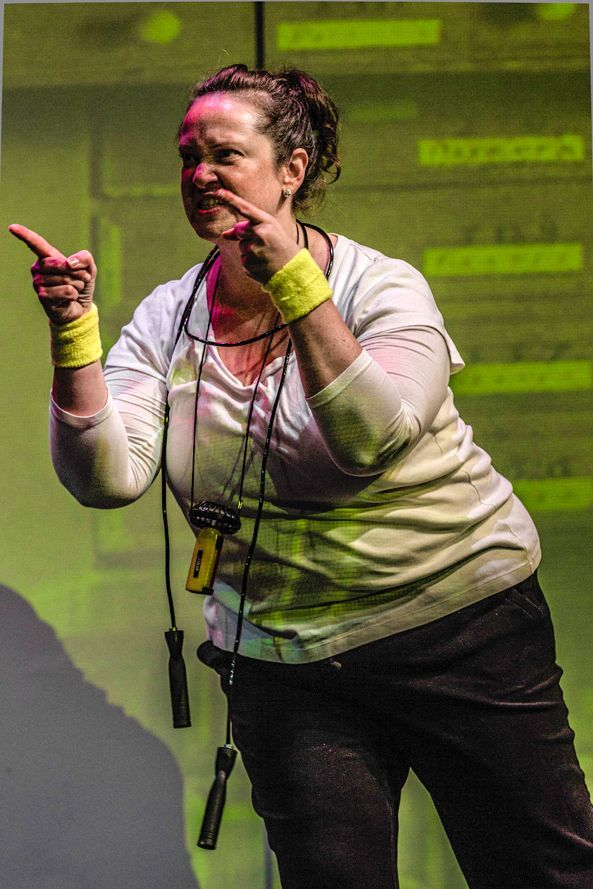 how to write a 10 minute play The 6th annual festival of 10 minute plays, diez minutos 2018, opens  she  graduated with her mfa in dramatic writing from carnegie.