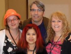 Mel, Naomi & Lori...three awesome women! Future Canadian Literati. I love photobombing. (-: