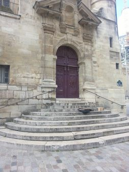 The stairs where, in MIDNIGHT IN PARIS, Gil awaited the arrival of the car to take him back into the 1920s Paris night!