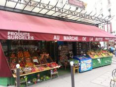 One of the settings for Amélie, a movie I adore!